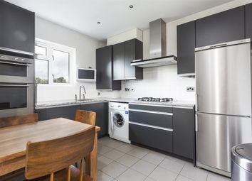 Thumbnail 3 bed flat to rent in Alexandra Gardens, London