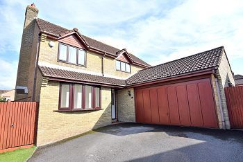 Thumbnail 4 bed detached house for sale in Azalea Drive, Warminster