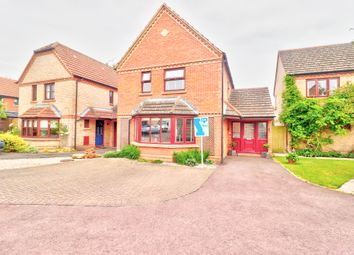 Thumbnail 4 bed detached house for sale in Hawthorn Close, Pewsey