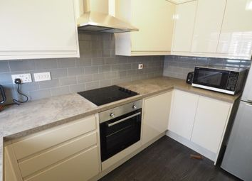 2 bed flat to rent in Chandlers Court, Victoria Dock, Hull, East Yorkshire HU9
