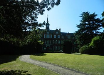 Thumbnail 2 bed flat to rent in Lavender Close, Leatherhead