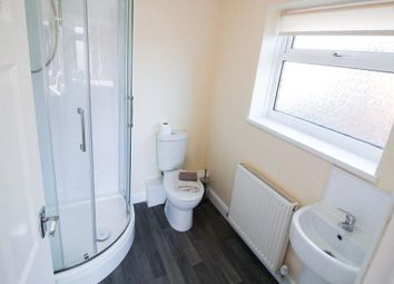 Thumbnail Room to rent in St Vincent Avenue, Woodlands, Doncaster