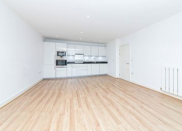 Thumbnail 3 bed flat to rent in Meadowside, London