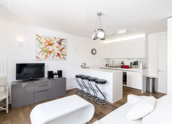 Thumbnail 2 bedroom flat to rent in Picton Place, London