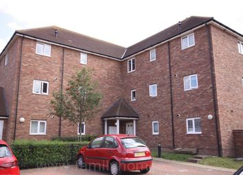 Thumbnail 2 bedroom flat to rent in Limehouse Court, Sittingbourne
