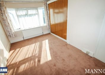 Thumbnail 3 bed property to rent in Collindale Avenue, Erith