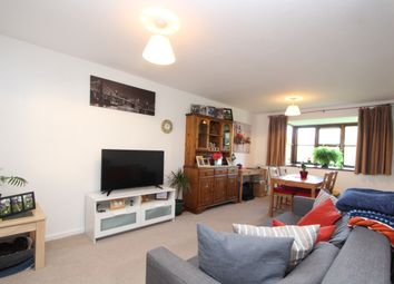 Thumbnail 2 bed flat to rent in Chiltern Court, Pages Hill, Muswell Hill