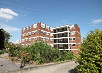 Thumbnail 1 bed flat to rent in Lynwood Close, London
