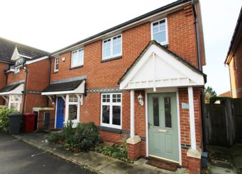 2 bed property to rent in Clonmel Close, Caversham, Reading RG4