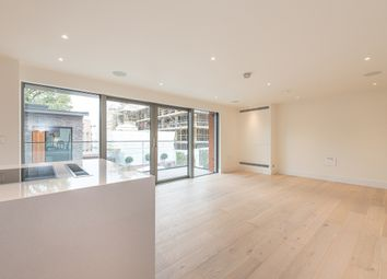 Thumbnail 3 bed flat to rent in Kidderpore Avenue, London