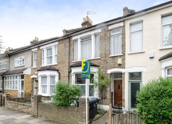 Thumbnail 2 bed flat to rent in Russell Road, Palmers Green