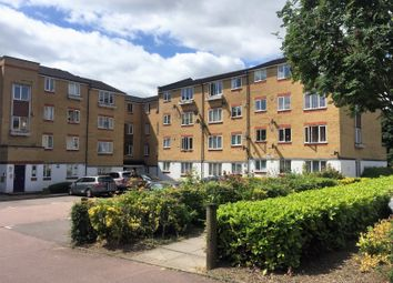 2 bed flat to rent in Dadswood, Harlow CM20