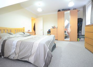 Thumbnail 1 bed flat to rent in Freeland Road, Ealing Common, London