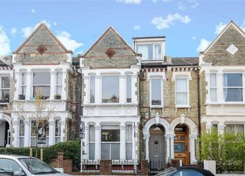 Thumbnail 5 bed detached house to rent in Kingscourt Road, London