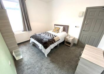 5 bed shared accommodation to rent in Warmsworth Road, Balby, Doncaster DN4