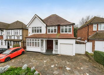 Thumbnail 6 bed detached house for sale in Lake View, Edgware, Greater London.