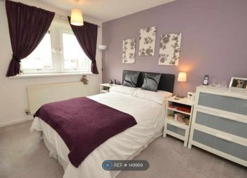 Thumbnail 3 bed flat to rent in Queenswood Rise, Leeds