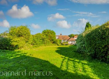 Thumbnail Semi-detached bungalow for sale in Roundwood Way, Banstead