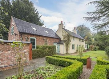 Thumbnail 4 bed cottage for sale in Uttoxeter Road, Foston, Derby