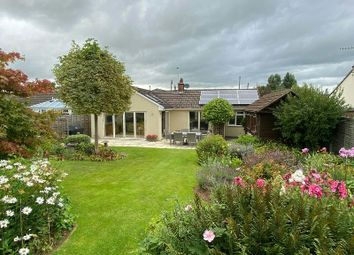 Greenhill Road, Sandford, Winscombe BS25. 3 bed detached bungalow