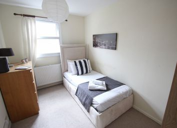 Thumbnail Room to rent in Hopmeadow Court, Northampton