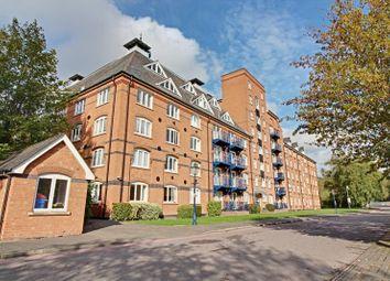 Thumbnail 2 bed flat to rent in Waterside Place, Sawbridgeworth, Herts