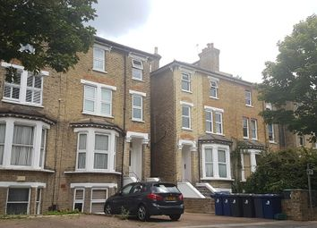 4 bed property to rent in Windsor Road, London W5