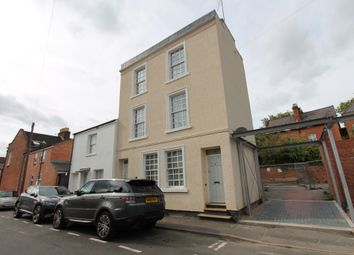 Thumbnail 1 bed flat to rent in Cross Street, Leamington Spa