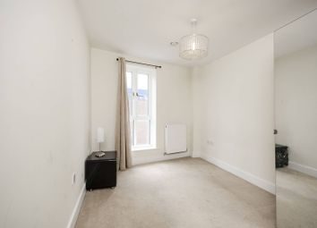 Thumbnail 2 bed flat to rent in Alberon Gardens, Temple Fortune