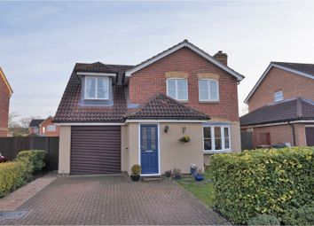 Thumbnail 4 bed detached house for sale in Weavercroft, Didcot