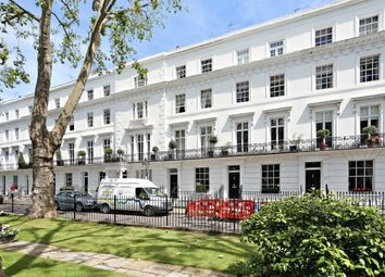 Thumbnail 6 bed property to rent in Wellington Square, Chelsea