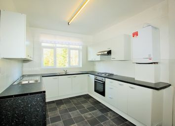 Thumbnail 2 bedroom flat to rent in Princes Park Avenue, Golders Green