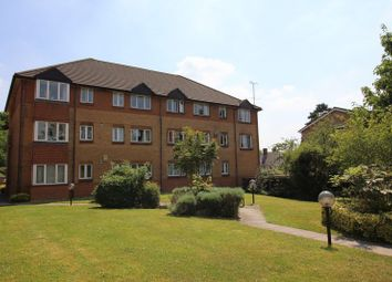 Thumbnail 2 bed flat to rent in York Road, Camberley