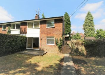 Thumbnail 2 bedroom flat to rent in Manor Park Avenue, Princes Risborough