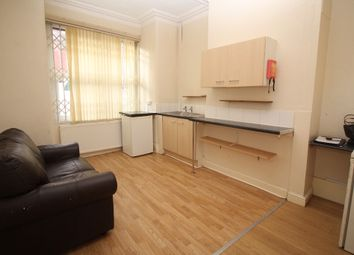 Thumbnail Studio to rent in Bellbrooke Place, Leeds