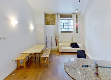 2 bed parking/garage to rent in Gowers Walk, Aldgate, London E1