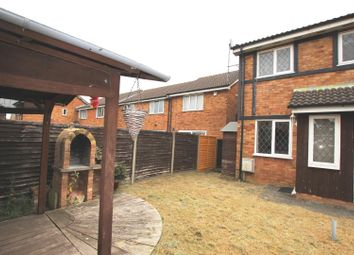 Thumbnail 1 bed property for sale in Swan Mead, Luton
