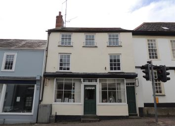 3 bed property for sale in Queen Street, Lostwithiel PL22