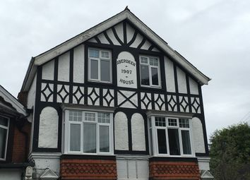 Thumbnail 1 bedroom flat to rent in Wych Hill, Hook Heath, Woking