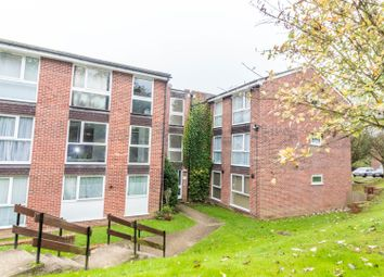 Thumbnail 1 bedroom flat for sale in Trafalgar Court, Reading