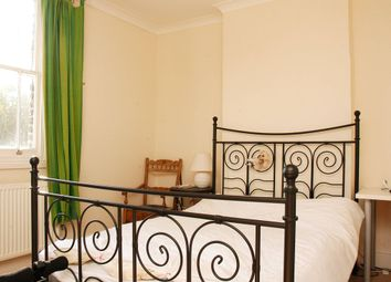 4 bed flat to rent in Sussex Way, Holloway Road, London N19