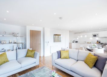 Thumbnail 3 bed flat for sale in Arc House, Tanner Street, London