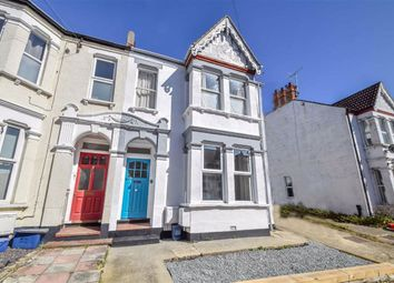 Thumbnail 1 bed flat for sale in Hermitage Road, Westcliff-On-Sea, Essex
