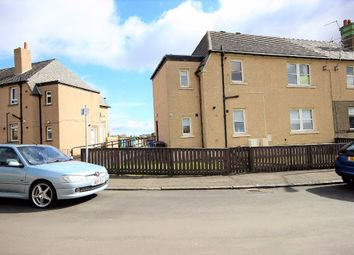 Thumbnail 2 bed flat to rent in Lothian Street, Bo'ness