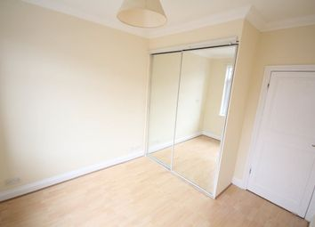 Thumbnail 2 bed flat to rent in The Crest, Hendon
