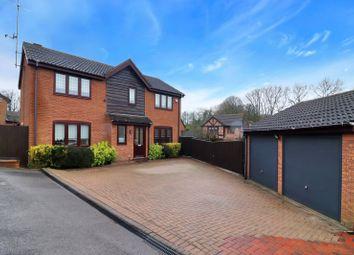 Thumbnail 4 bed detached house for sale in Hunters Oak, Hemel Hempstead