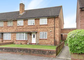 2 bed maisonette to rent in Pinn Close, Uxbridge, Middlesex UB8
