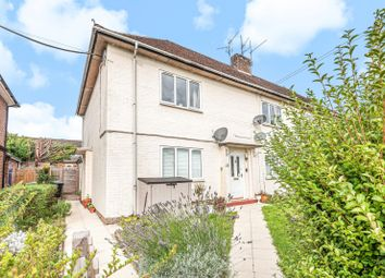 Gainsborough Crescent, Henley-On-Thames RG9. 2 bed maisonette