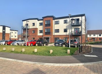 Claypit Copse, Bursledon, Southampton SO31. 2 bed flat for sale