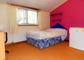 Thumbnail Room to rent in St. Clement Close, Cowley, Uxbridge